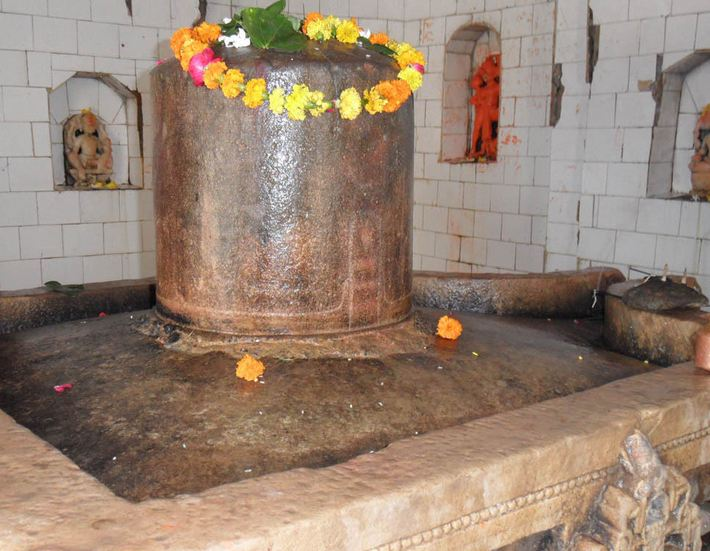 the shiv ling of baneshvar which break the pride of orangjeb