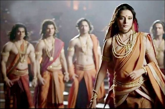 what was the wife of pandu sati after her death