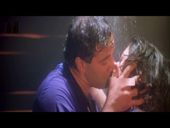 Sunny deol liplock scenes collection