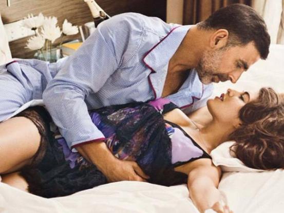 Akshay kumar intimate scene controversy