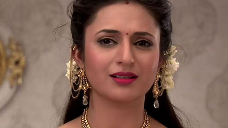 Divyanka tripathi ask serious question to modi