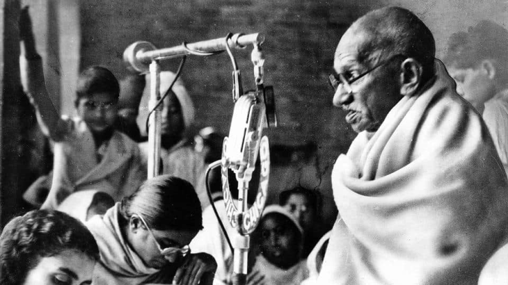 Know some facts of time just before gandhi's murder