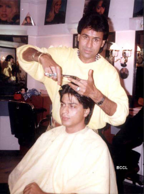 Shahrukh khan debuted from hema movie