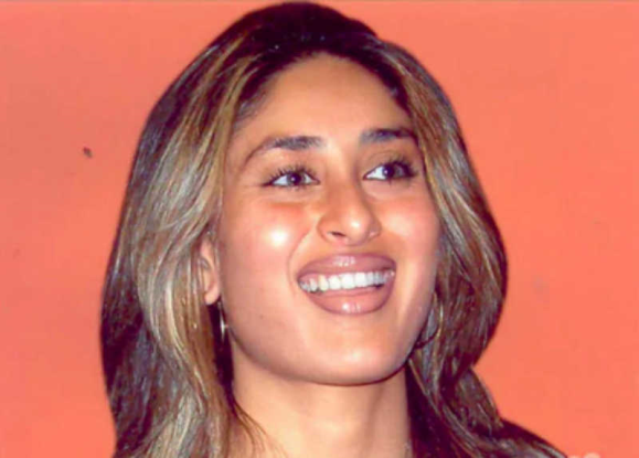 Kareena kapoor weird picks of all time