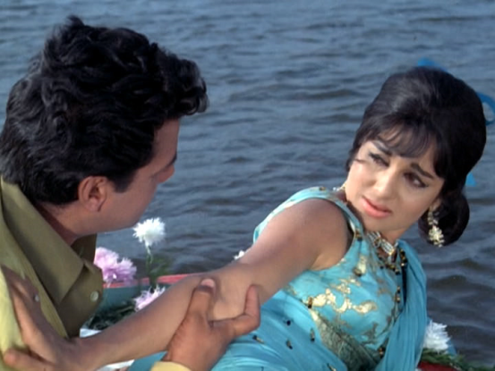 Asha parekh opposed working with dharmendra