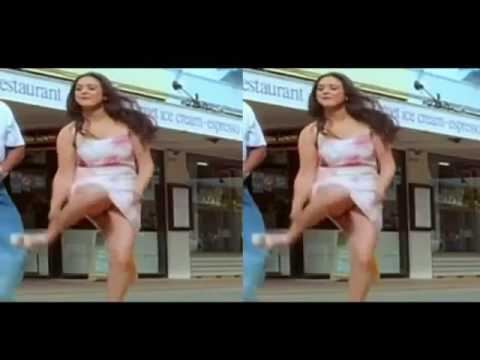 Preeti zinta live wardrobe function caught in video