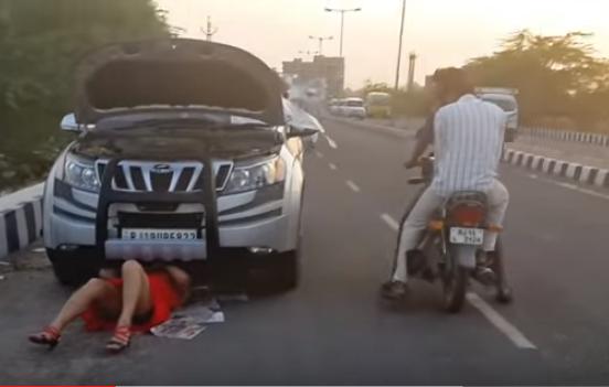 Amazing reaction of public on girl car repairing